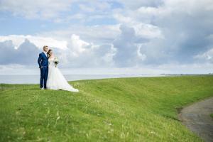 """alt=""""Bruidsfotograaf Huwelijksfotograaf Trouwfotograaf Groningen"""">"""